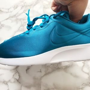 33a8eb005976 Nike Shoes - Nike Tanjun Premium Satin Dark Sea